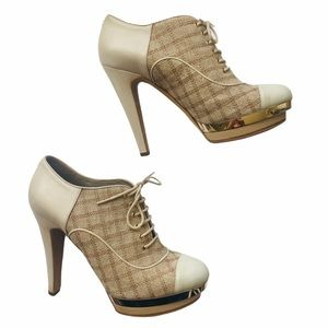 CHANEL Round Toe Lace-Up Platform Bootie Size 39